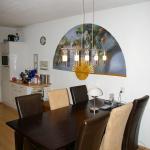 Het is af! De stoelen, tafel en een nieuwe lamp!